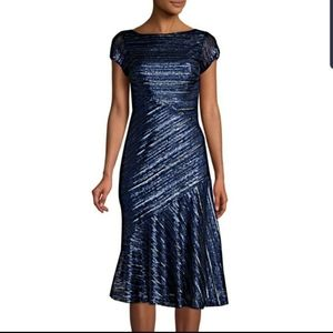 Theia Sapphire Sequin Fit & Flare Dress NWT Sz 10